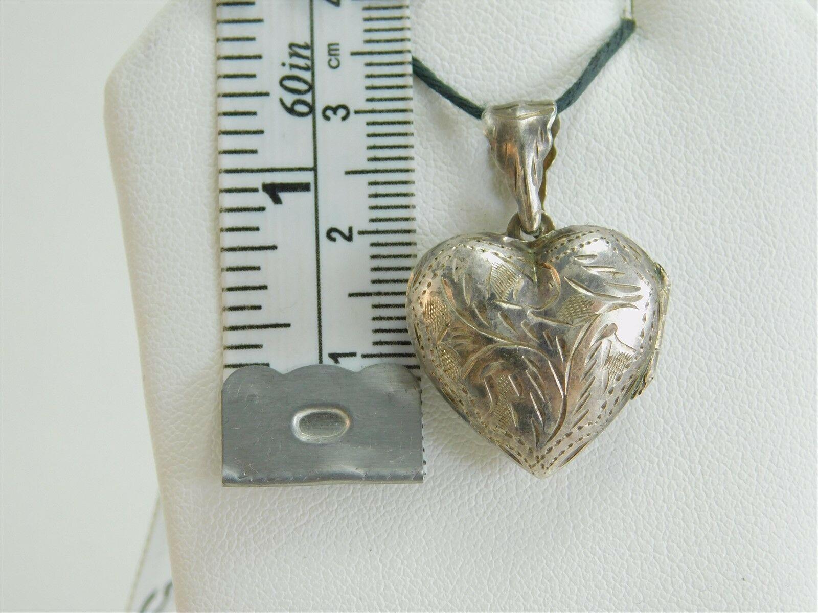 Vtg 925 Sterling Silver Triangular Floral Engraved India Unisex Pendant 2.36